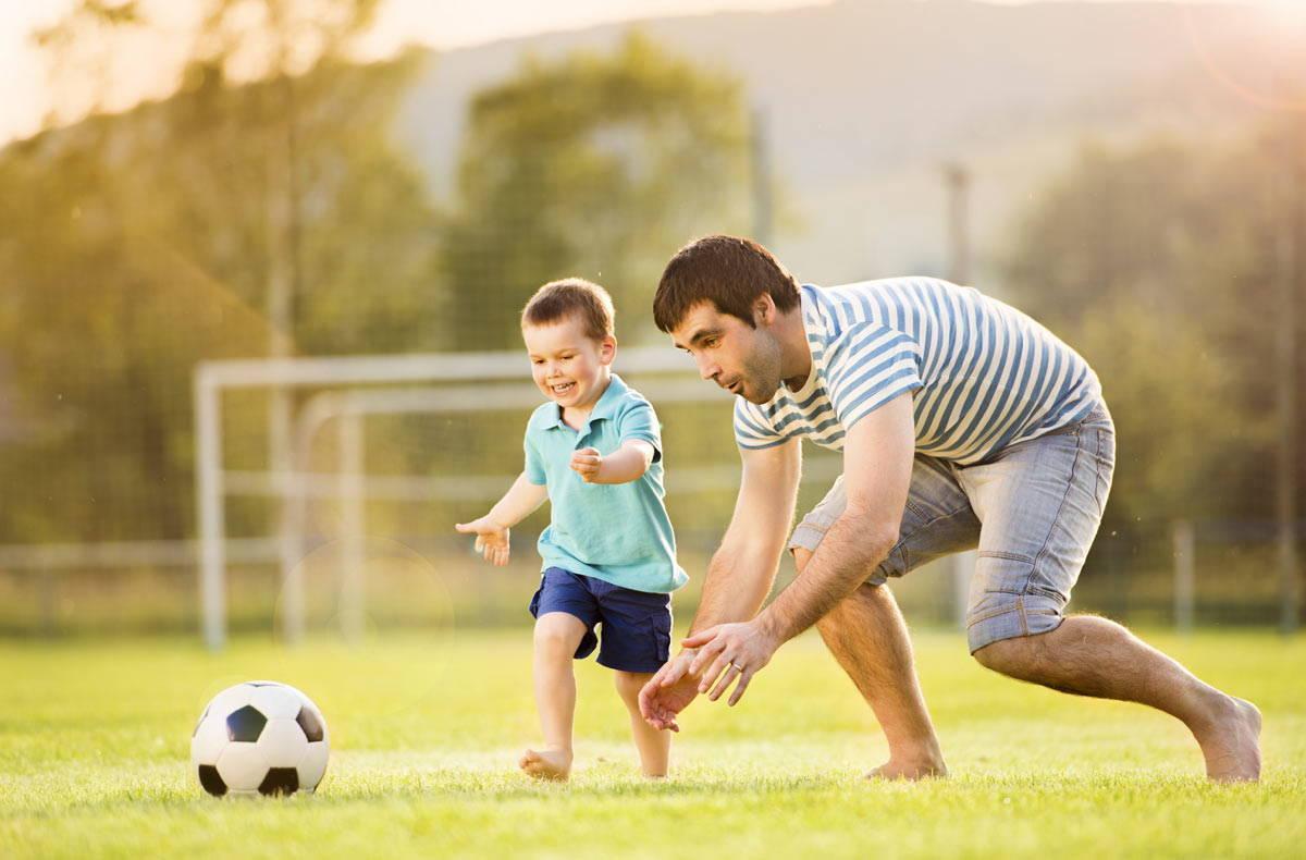 Как из сына сделать футболиста