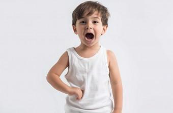 Почему у ребёнка болит бок?