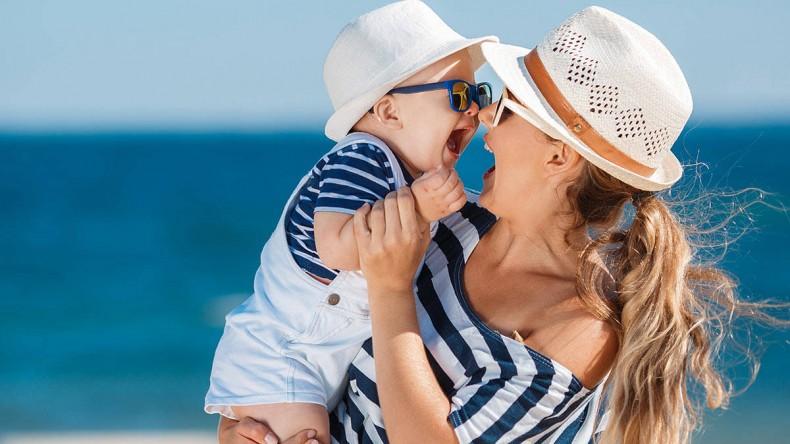 Отдых с младенцем: все, что нужно знать родителям