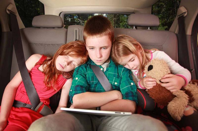 Дети до  лет перевозка с использованием удерживающих устройств