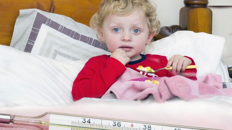 Правила питания ребёнка во время заболевания гриппом
