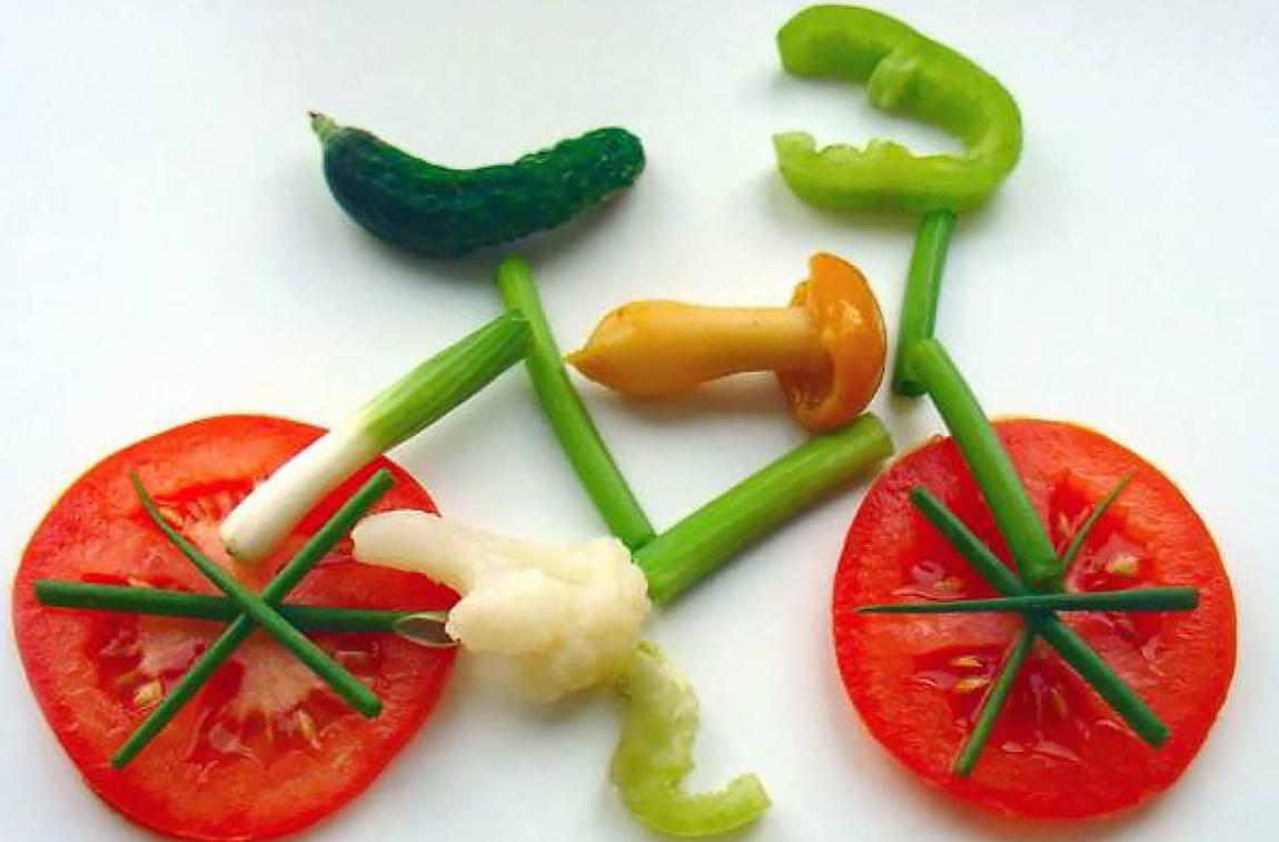 Украшение из овощей и фруктов фото